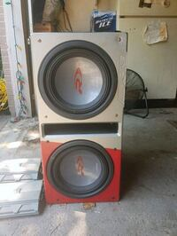 Alpine Subs and amps (in box) Centralia, N0M 1K0