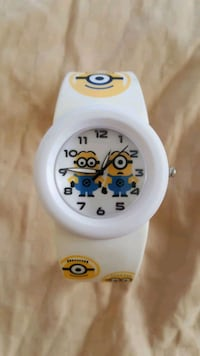 BRAND NEW Minions Kids Despicable Me Analog Watch