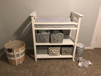 Changing table  Grand Ledge, 48837