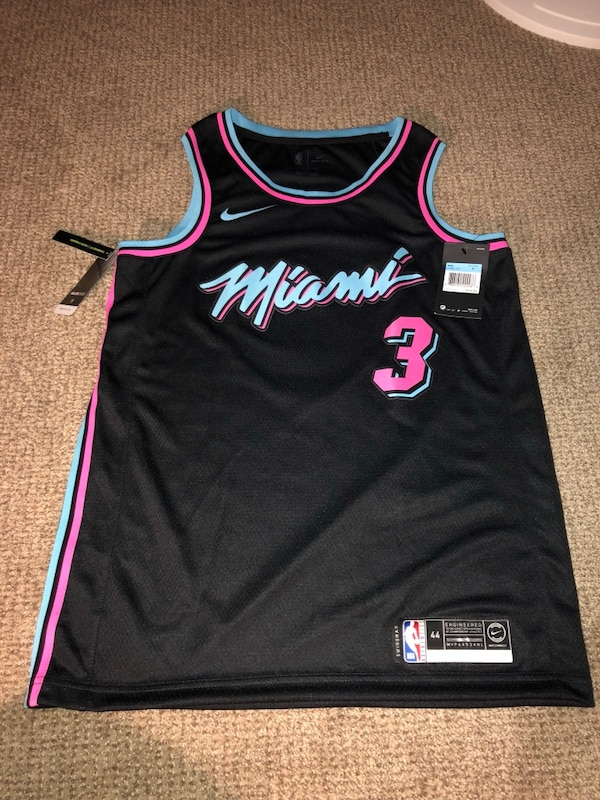 timeless design 560ed 1d16f Wade jersey Miami vice size medium