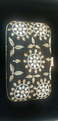 Hand embroidered boxed clutch Brampton, L6Y 3P8