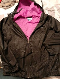 Columbia rain coat Welland, L3B 3B9