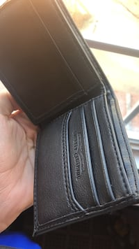 Brand new black leather wallet Gautier, 39553
