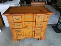 Sideboard with 2 cutting boards on each side Virginia Beach, 23456