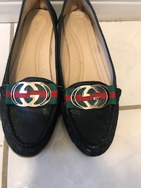 Gucci flats - size 7 - excellent condition Pickering, L1V 6E9