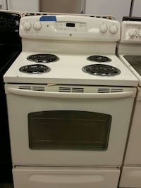 GE electric stove working perfectly  Bowie, 20715