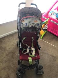 Beautiful burgundy double stroller Baltimore, 21202