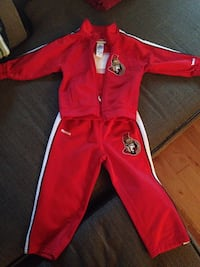 Boy's red zip-up jacket and sweatpants Gatineau, J9H 2G8