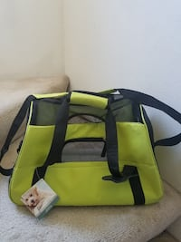 Pet Carrier BRAND NEW Size small Olympia, 98502