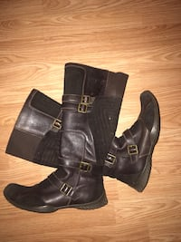 Leather boots brown colour in excellent condition size 39 price is $25 North Vancouver, V7K 2H4