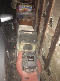 Black and red toro push mower it don't need And work done to it it run and go so what u see here I still have  East Haven, 06512