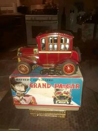 ANTIQUE RARE TIN GRAND PA CAR 1960 IN ORIGINAL BOX ADULT OWENED CLEAN  Providence