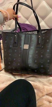 black and gray leather tote bag New York, 11207