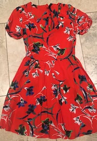 red, green, and white floral v-neck dress Vaughan, L4H 1H9