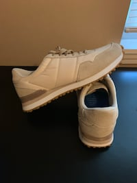 Men's GREATS casual sneakers 9.5 Canal Winchester