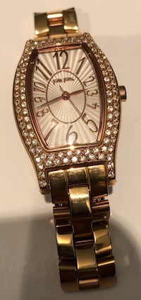 Rectangular gold-colored analog watch with link bracelet 3815 km