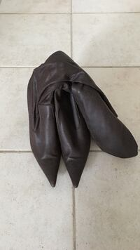 Le chateau brown high heel boots