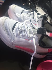 pair of white-and-gray Nike basketball shoes Chicago, 60620