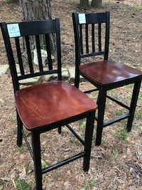 2 Tall Chairs Spring, 77380