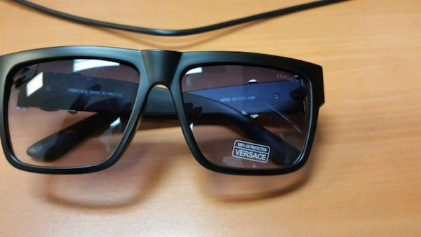 ad0546725e Used Versace shades for sale in Taylor - letgo