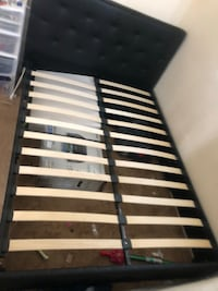 black and white slatted bed frame Suitland, 20746