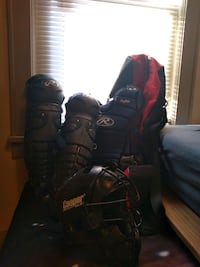 Catchers Gear - baseball/softball