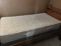 quilted white and gray mattress Bakersfield, 93305
