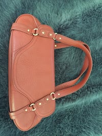 Colehan Leather Purse West Vancouver, V7V 1J7