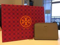 Tory Burch Robinson Zip Coin Case with Keyring Markham, L6C 0Y2