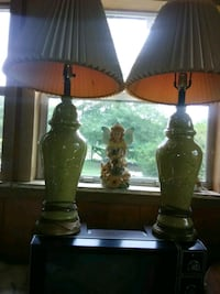 two greem table lamps.. very pretty. Bay Minette, 36507