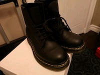 pair of black leather boots Toronto, M9N 3W4