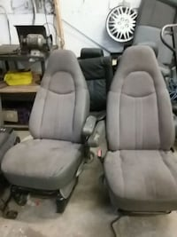 cargo express sit for sale  Vancouver, V5S 4M6