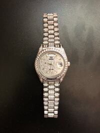 round silver-colored chronograph watch with link bracelet Parma Heights, 44130