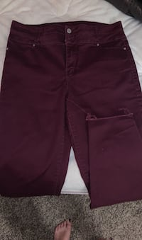 Maroon Size 13 Stretchy High Waisted