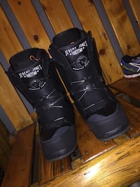 (Boots)be Pair of black jeremy jones thirtytwo snowboard boots Golden, V0A