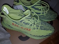 Yeezy 350 V2 Frozen Yellow SIZE 11.5 Mississauga, L5A 1P3