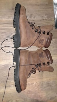 Cabela's good year boot mens size 6