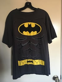 Black and yellow batman crew-neck t-shirt Oxnard, 93033
