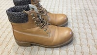 Pair of brown leather work sweater boots Windsor, N9G 2S5