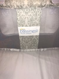 Halo Baby Bassinet - virtually new...used for 1 child to 1 month Vaughan, L4H 3N9