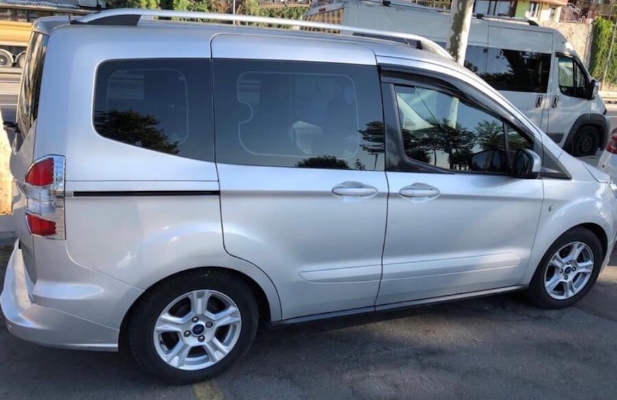 2015 Ford Tourneo Courier 7712aaad-f1cb-4adc-a4eb-9099ba0b2fe2