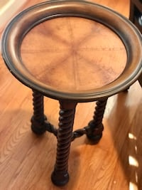 Tommy Bahama Side Table Rockville, 20850