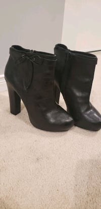 Black and Grey Booties Brampton, L6T 4S5