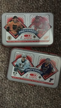 Hockey card tins London, N5Y 5V2