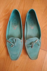 TOD'S leather shoes - size 7.5 Toronto, M3B 1N5
