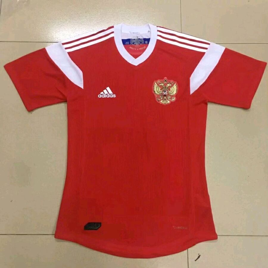 2018 Russia home jersey