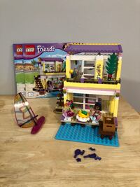 Lego Friends Stephanie's Beach House Goshen, 10924