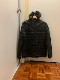 Black zip-up bubble jacket Toronto, M4X 1W7