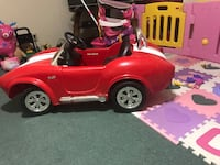 Red and black ride on toy car Lewisville, 75056