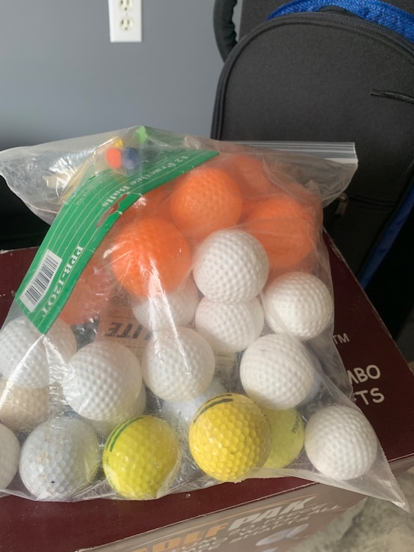 20 Piece Golf Set plus extra bag 53792212-0064-4a89-a606-4eccb9438716